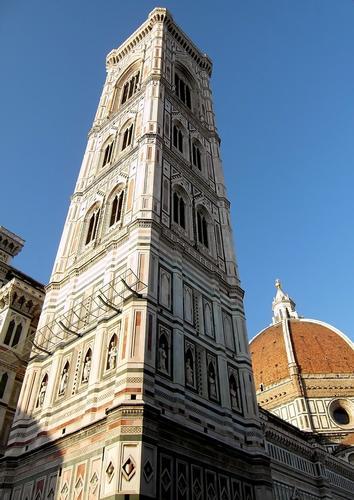 il campanile di Giotto... - Firenze (2399 clic)