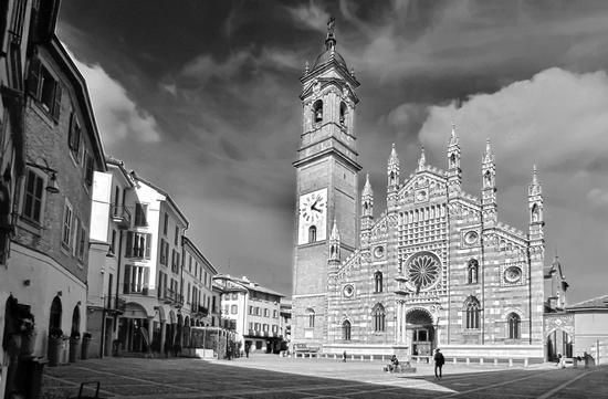 PIAZZA DUOMO - Monza (5084 clic)