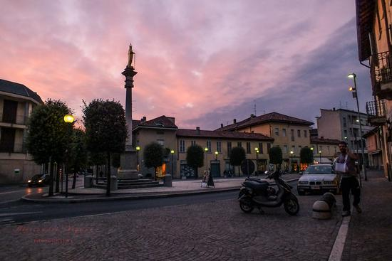 PIAZZA ROMA - GIUSSANO - inserita il 14-Oct-13