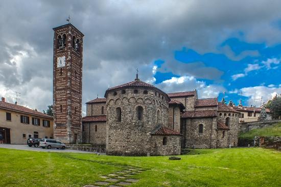 AGLIATE SAN PIETRO E PAOLO - Carate brianza (882 clic)