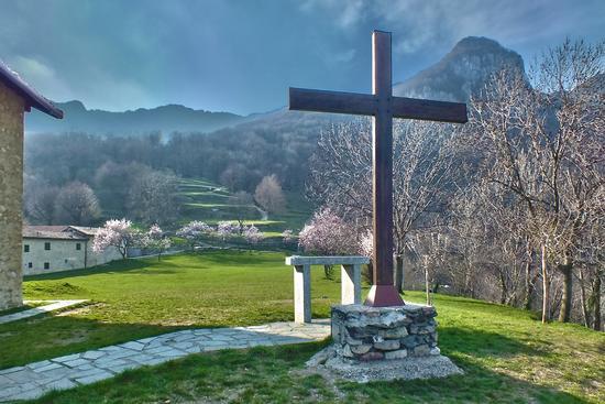 L'ALTARE SAN TOMASO 1O-4-13 - Valmadrera (1023 clic)