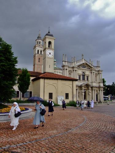 SUORE - Saronno (1038 clic)