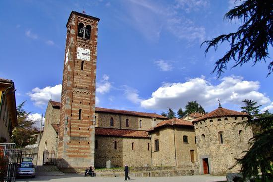 SAN PIETRO E PAOLO AD AGLIATE - Carate brianza (1209 clic)