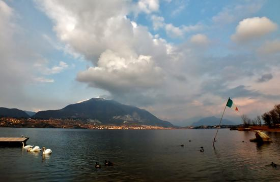 AL TARDO POMERIGGIO - Merone (944 clic)