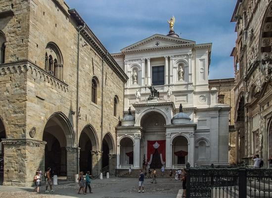 PIAZZA DUOMO - Bergamo (1640 clic)