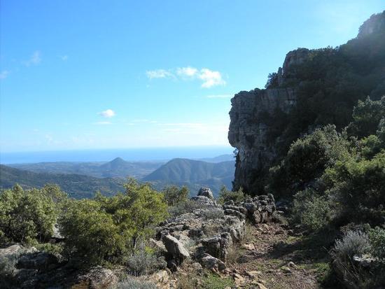 Vista sulla costa Tirrenica dal tacco di Tisiddu - Ulassai (1054 clic)