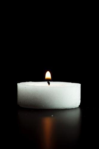 candela in nero -  - inserita il 03-Jan-13