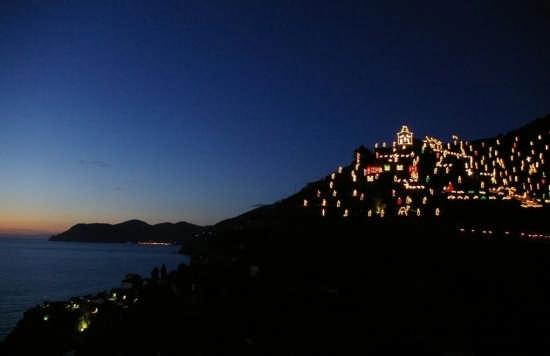 Presepe sulla collina Tre Croci - Manarola (3717 clic)