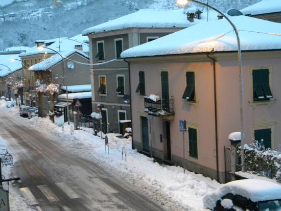 Ronco Scrivia,inverno 2010 - Busalla (1490 clic)
