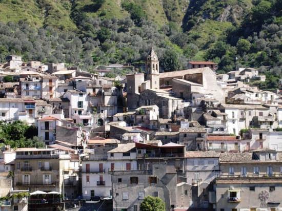 Scorcio  Panoramico Chiesa Matrice - Mammola (2936 clic)