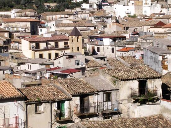 Scorcio Panoramico Campanile Chiesa del Carmine - Mammola (2991 clic)