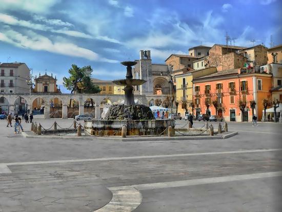 Il vecchio acquedotto - Sulmona (1135 clic)