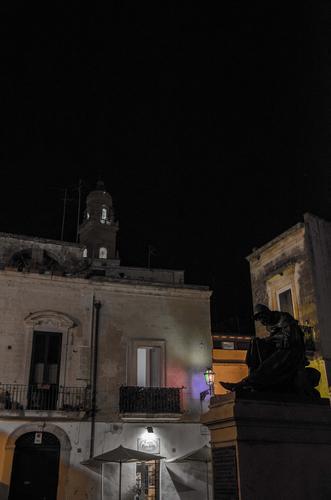 Il riposo del guerriero - Lecce (840 clic)