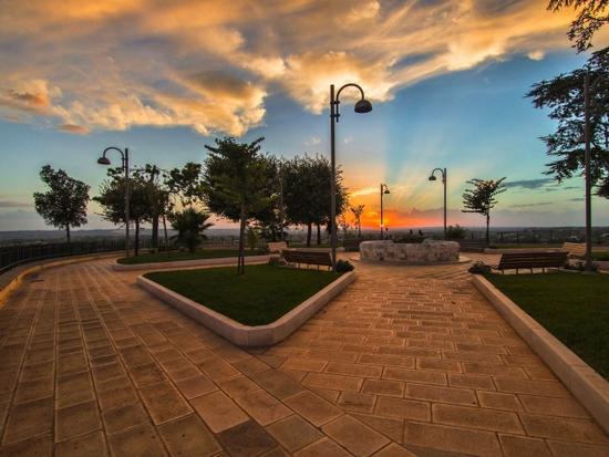 Al calar del sole - LOCOROTONDO - inserita il 07-Jan-13