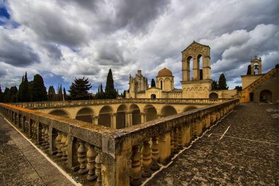 Sulla terrazza del convento dei Benedettini - Lecce (2138 clic)