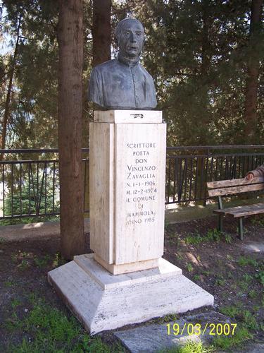 Busto - Mammola (4258 clic)
