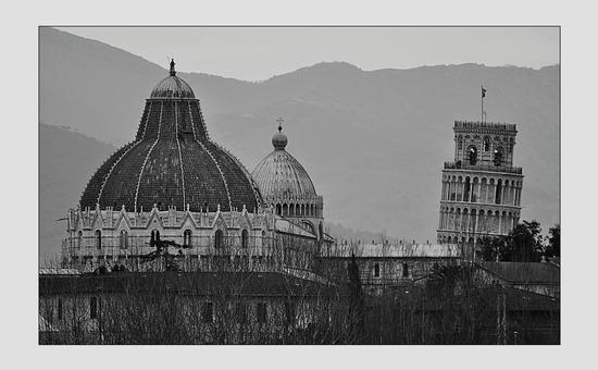 arrivando a Pisa..... - PISA - inserita il 14-Feb-13