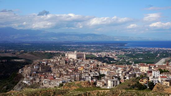Corigliano, la piana di Sibari e il Mar Jonio - Corigliano calabro (1003 clic)