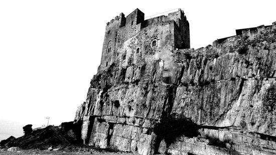 Castello di Capo Spulico - Roseto capo spulico (985 clic)