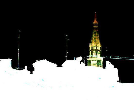 ghirlandina di notte - Modena (2142 clic)