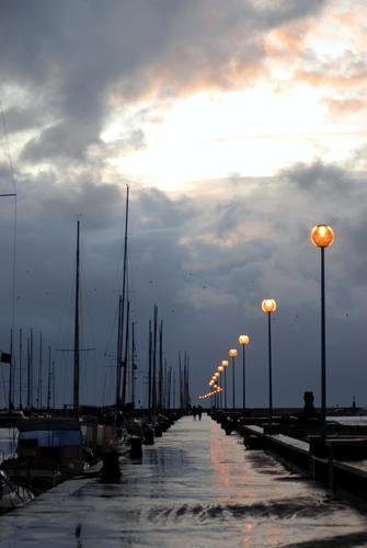Verso il temporale - Viareggio (792 clic)