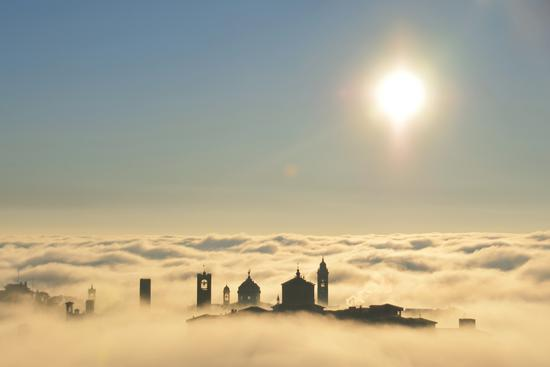 La città tra le nuvole - Bergamo (10437 clic)