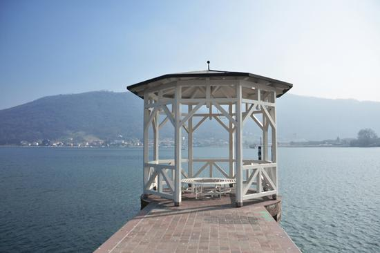 Il chiosco sul lago. - Sarnico (1728 clic)