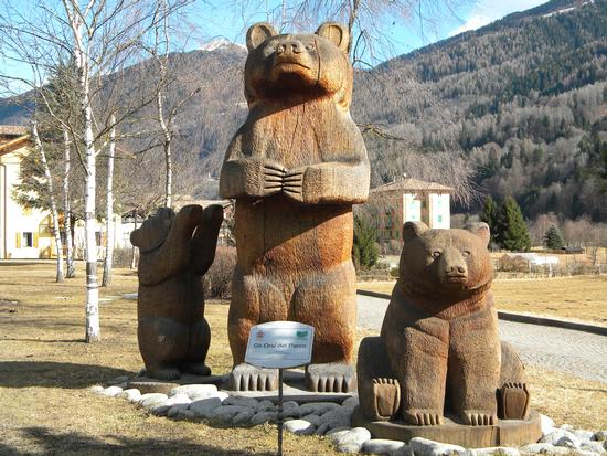 monumento all'orso - Strembo (999 clic)
