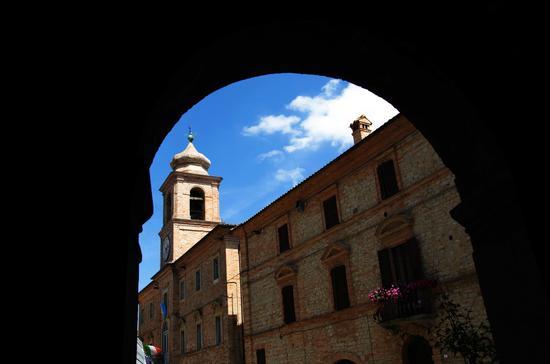 Cornice - Penna san giovanni (920 clic)