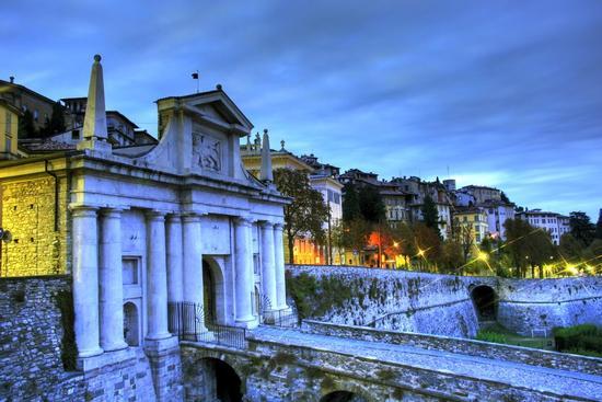 Porta San Giacomo - Bergamo (2173 clic)