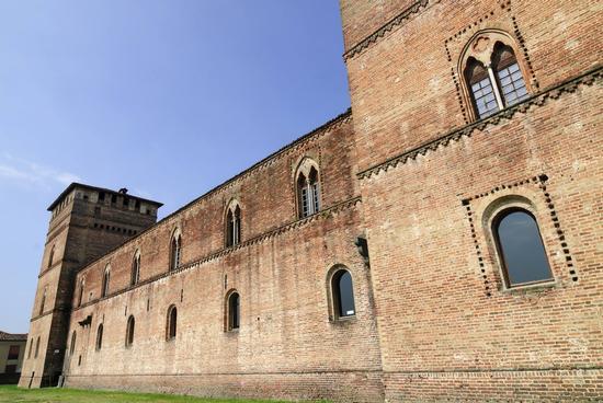 Castello di Pandino - PANDINO - inserita il 23-Jun-14