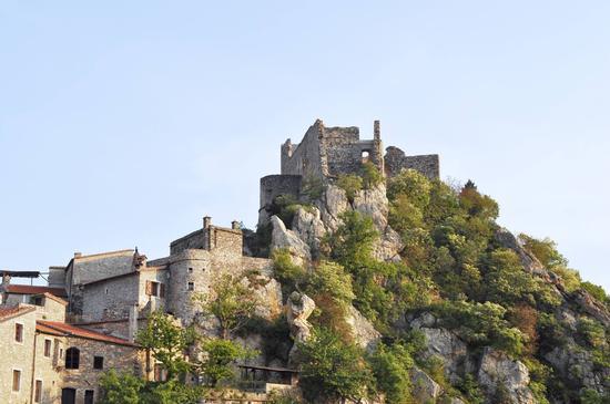 Castelvecchio di Rocca Barbena (534 clic)