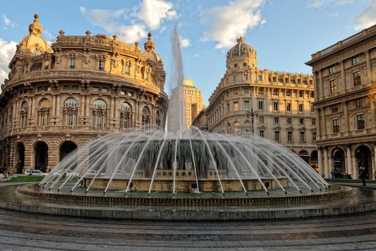 Piazza de Ferrari, Genova (9294 clic)