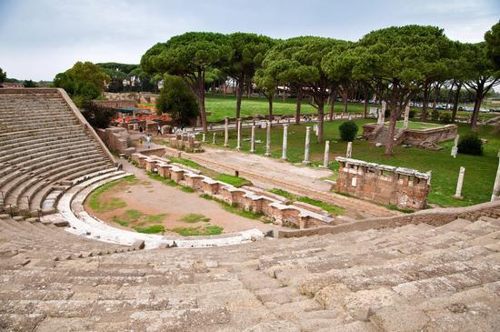 Anfiteatro - Ostia antica (519 clic)