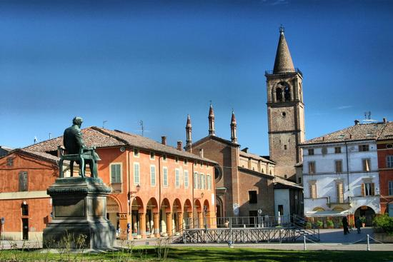 Piazza Verdi - Busseto (865 clic)