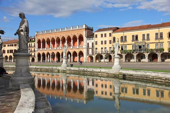 Prato della Valle - Padova - PADOVA - inserita il 30-May-14