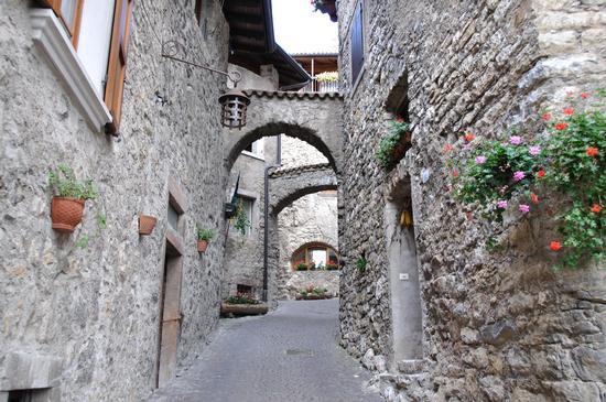Canale di Tenno, Via del Borgo (1065 clic)