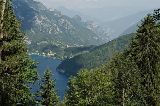 Lago di Ledro (1107 clic)