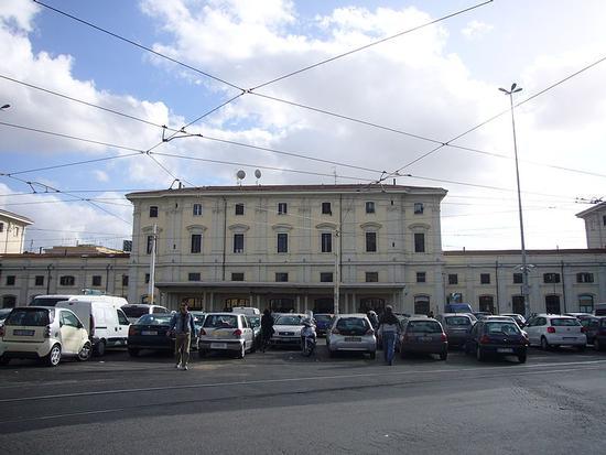 Stazione di Roma Trastevere (1200 clic)