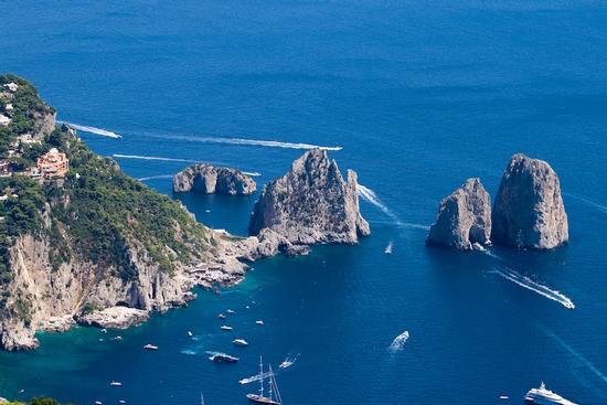 Capri, i faraglioni (1356 clic)