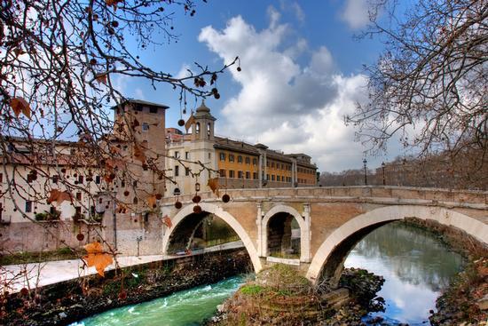 Ponte sul Tevere - Roma (764 clic)