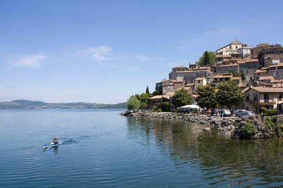 Canoe sul Lago Di Bracciano - ANGUILLARA SABAZIA - inserita il 05-Apr-13