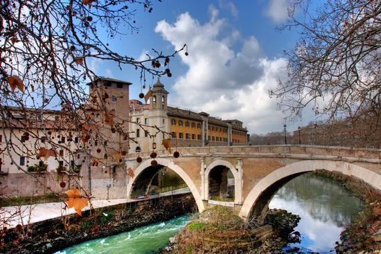 Ponte sul tevere - Roma (966 clic)