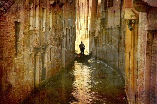 Gondola | VENEZIA | Fotografia di AA VV - Immagini Repertorio