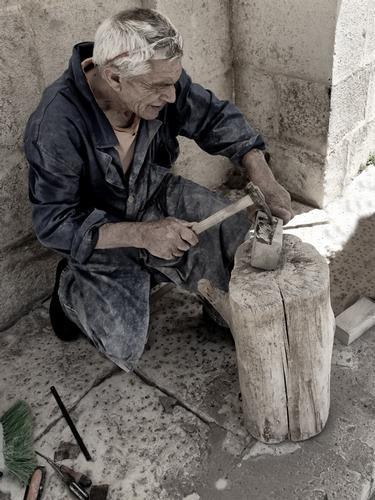 Lo scultore - Scicli (1365 clic)