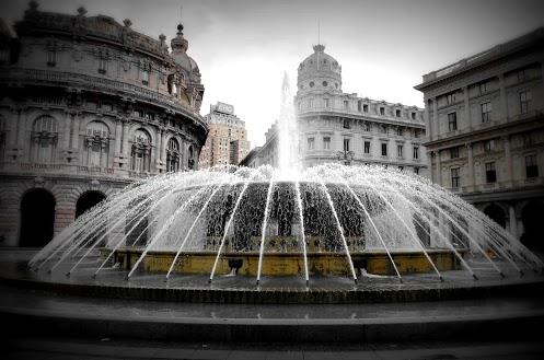 La fontana in piazza  De Ferrari, Genova (651 clic)