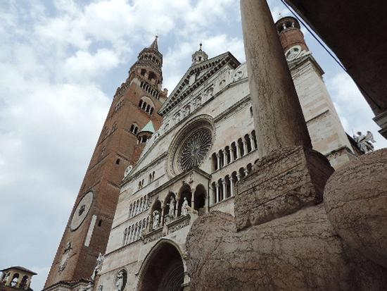 Il Duomo e Torrazzo - Cremona (1190 clic)