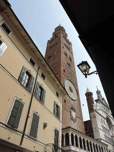 Il Torrazzo e Duomo - Cremona (927 clic)