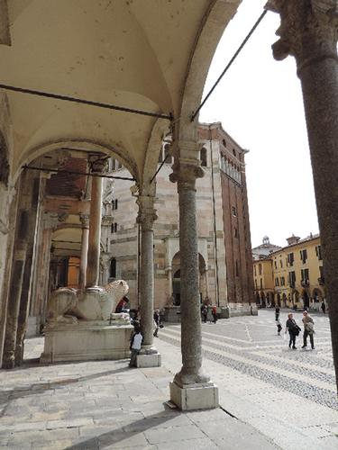 Gli Archi del Duomo e Battistero - Cremona (752 clic)