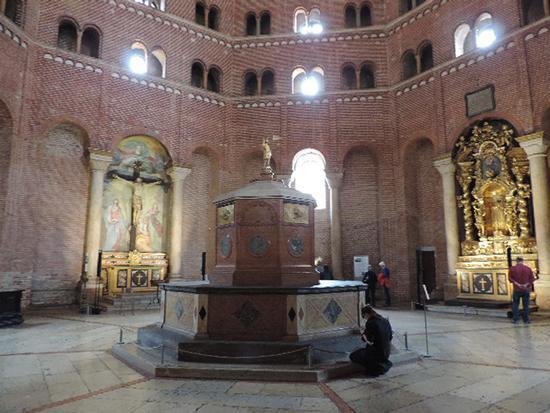 Interno del Battistero - Cremona (1239 clic)